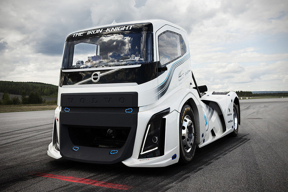 Volvo-Iron-Knight-Truck02.jpg