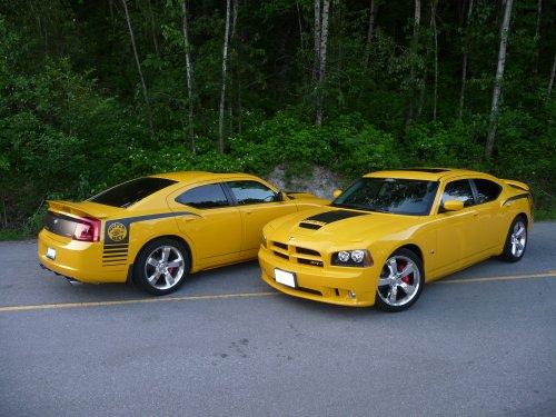 2007_Dodge_Charger_SRT8_Super_Bee.thumb.jpg.4cc429d081f278970b60085de49fa800.jpg